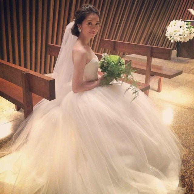 いいね!125件、コメント6件 ― Akiko Endo 遠藤晶子さん(@akiko__endo)のInstagramアカウント: 「イベント終了!VERA WANGのドレスでした。 #VERAWANG #wedding #weddingdress #ウエディングドレス…」