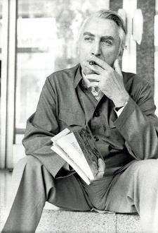 """Roland Barthes : """"Un peu de sagesse, un peu de savoir, nul pouvoir, et le plus de saveur possible""""."""