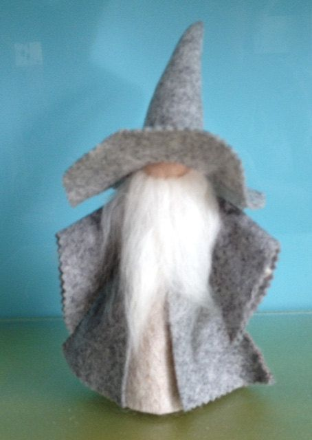 WIZARD***Pure Wool Felt***GANDALF*****Lord Of The Rings***Hand Made***Waldorf Toys***Steiner Dolls****Dolls for Boys***Children's Gift