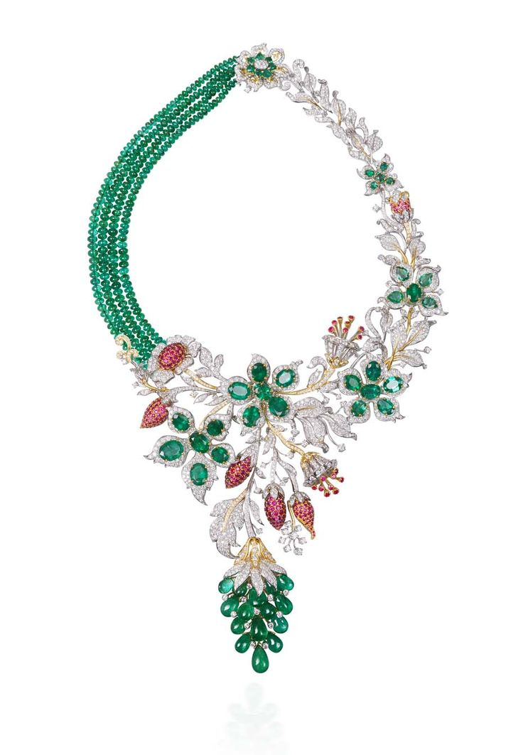 Lot 10, a necklace by Tibarumals Jewellers featuring four clustered rows of iridescent Gemfields emeralds nestled in a bed of diamonds (estimate: INR 4,600,000 - 5,550,000; $77,000 - 93,000).