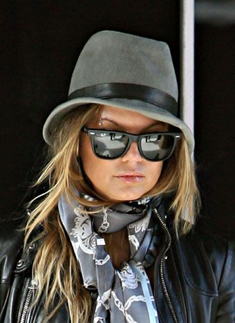 FERGIE!!!!!!!! my inspiration for all things style and fashion related!! Cant beliiieeeeeve shes preggooooo!!!!!!!!!!!!! sooooooo lucky!!!!