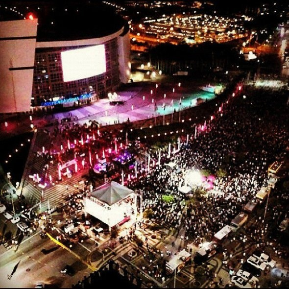 This was the scene outside American Airlines Arena