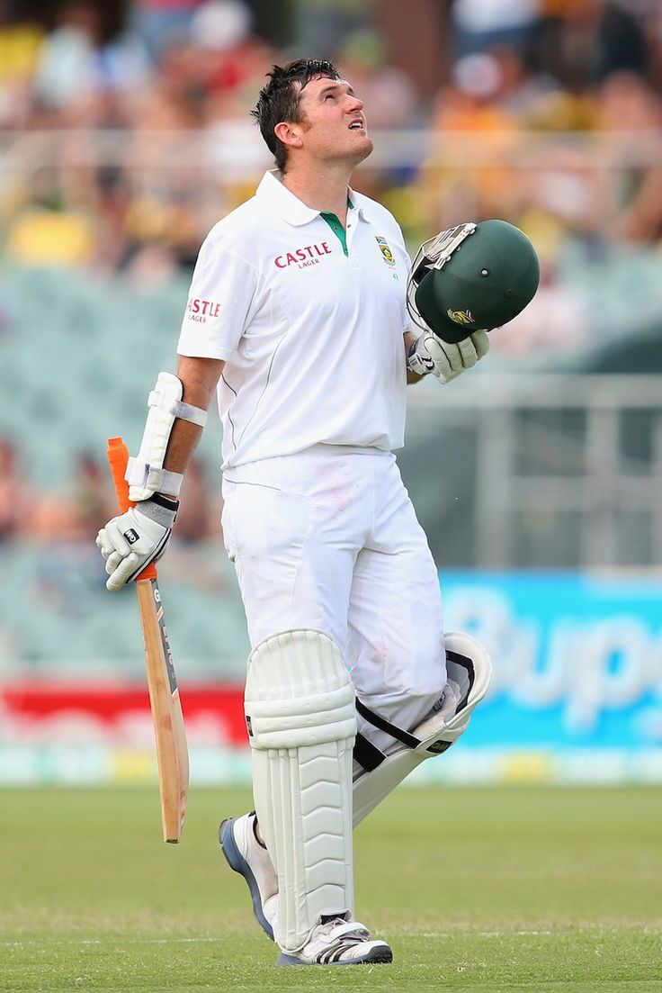 Graeme Smith (SA) 122, brought up his 26th century, vs Australia, 2nd Test, Adelaide, day 2, Nov 23, 2012