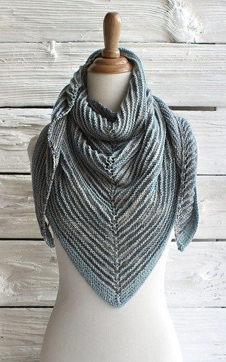 Shawl Patterns Knit : 25+ best ideas about Knit shawl patterns on Pinterest Knitted shawls, Shawl...