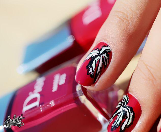 Nail art palmier Dior Massaï Dior Rouge