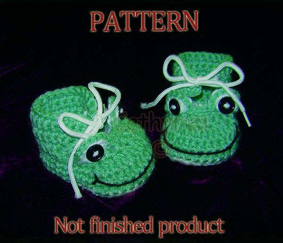 Crochet Pattern 42  Baby Boy Frog Booties Photo Prop by Cathyren, $3.99