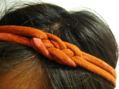 DIY Recycled T- shirt Knotted Headband. Cuute!