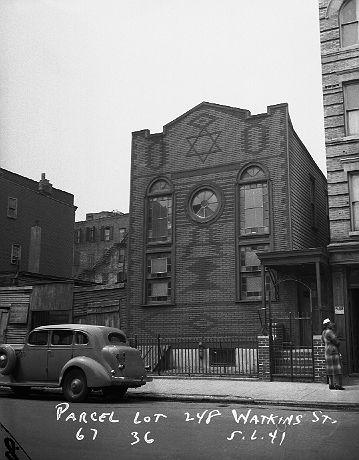 Synagogue at 248 Watkins Street in Brownsville, Brooklyn, May 6, 1941.
