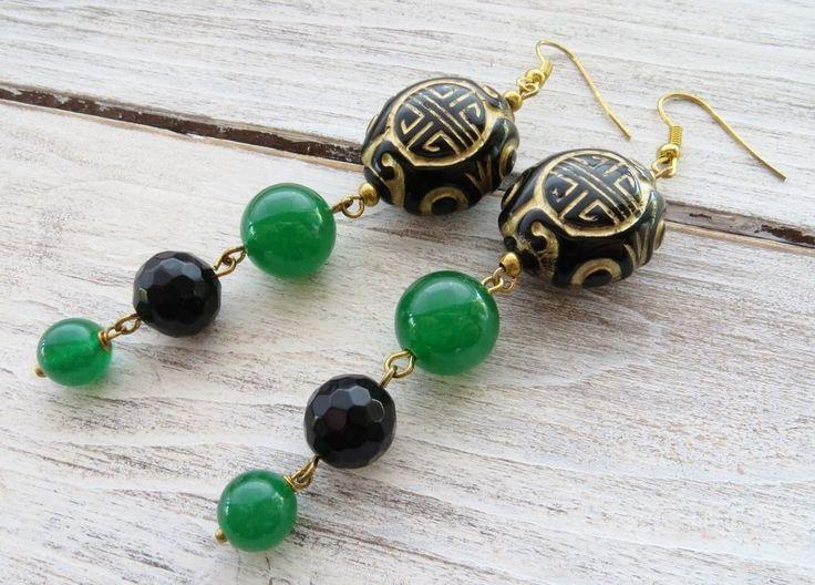Orecchini orientali, pendenti giada verde e onice nero, bijoux con pietre dure