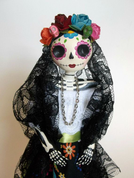 Catrina doll. Day of the Dead Paper Mache Catrina by LaCasaRoja, $32.00