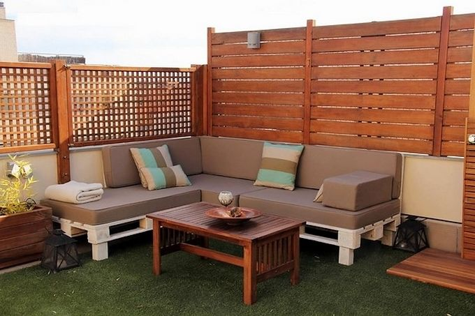 diy-rooftop-pallet-corner-sofa-design-furniture-ideas-wooden-pallets-project-plans-and-tips