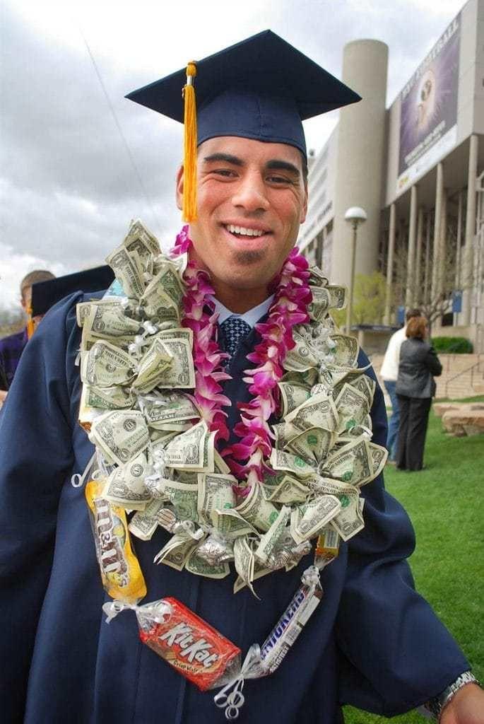 20 Creative Ways To Gift Money Graduation Leis Money Lei