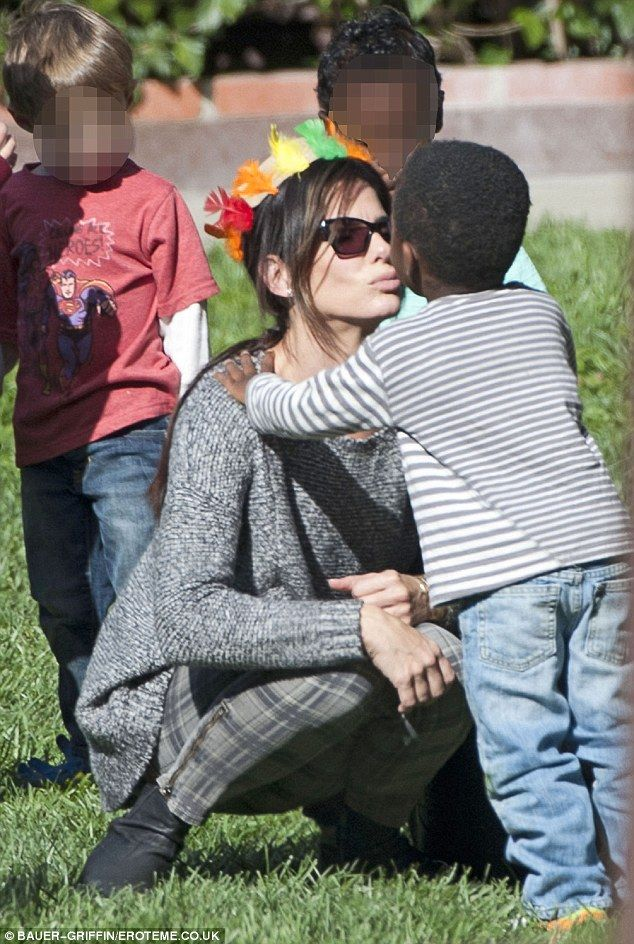 25+ best ideas about S... Sandra Bullock Children