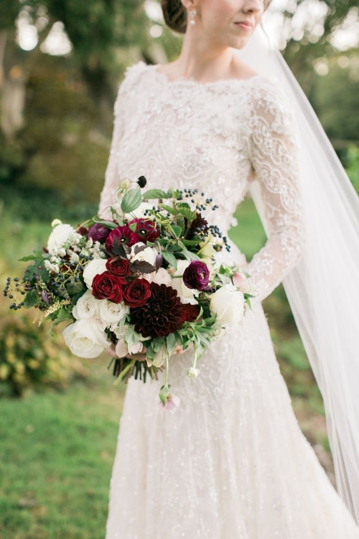 Photography : Rebecca Arthurs | Floral Design : Greenlion Design Read More on SMP: http://www.stylemepretty.com/2016/03/21/elegant-intimate-glen-manor-wedding/