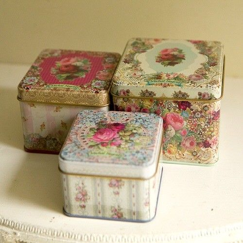Pretty Victorian style tins by Michel Negrin ♥ http://www.notonthehighstreet.com/thisispretty/product/three-victorian-style-tins-by-michal-negrin
