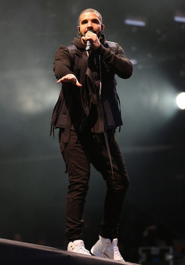 Drake Performs Wearing Craig Green Vest at Wireless Festival in London | UpscaleHype