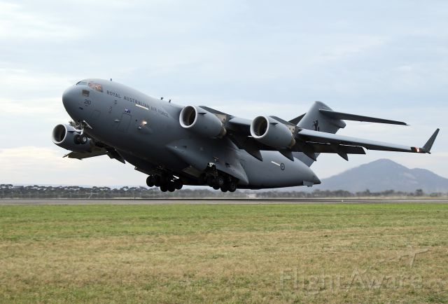 AUSTRALIA - AIR FORCE - BOEING C-17A GLOBEMASTER - REG A41-210 (CN F-239/AUS-5) - AVLON (GEELONG) VIC. AUSTRALIA - YMAV (1/3/2015)