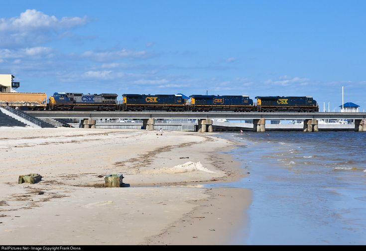 RailPictures.Net Photo: CSXT 5305 CSX Transportation (CSXT) GE ES40DC at Bay St. Louis, Mississippi by Frank Orona