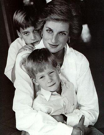 <3: Lady Diana, Prince Harry, Princesses Diana, Ladydi, Princessdiana, Boys, Diana Princesses, Prince William, Royals Families