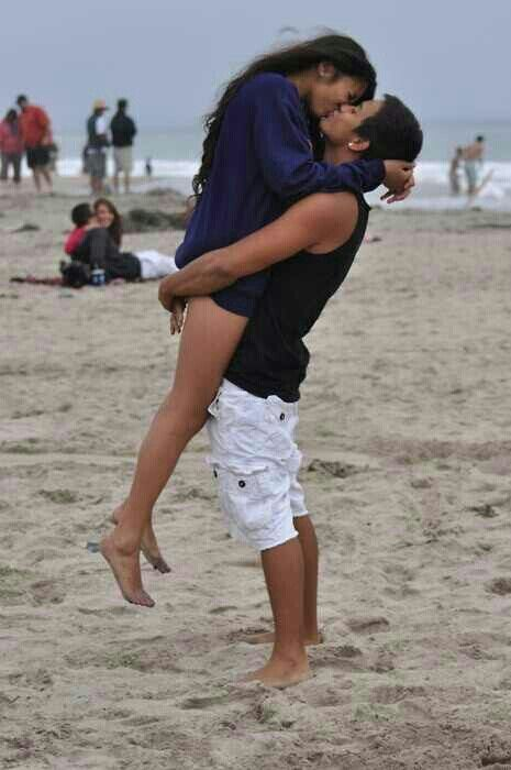 Kissing you on the beach.. want that!!