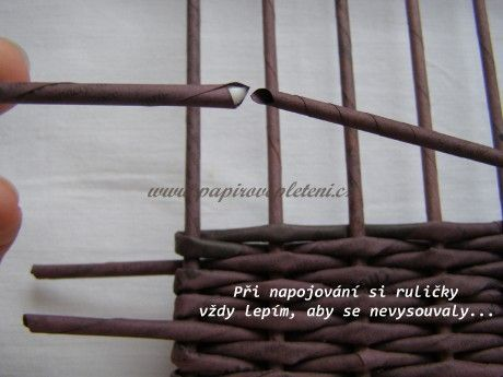 Návod na vyplétané dno pomocí stavu na pletení