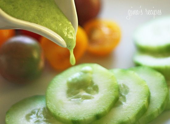 Skinny Cucumber Ranch Dressing recipe.Ranch Dresses, Food, Salad Dresses, Dresses Recipe, Cucumber Ranch, Eating, Skinny Cucumber, Dips, Ranch Dressing