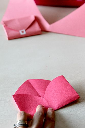 how to make an envelope out of cardstock