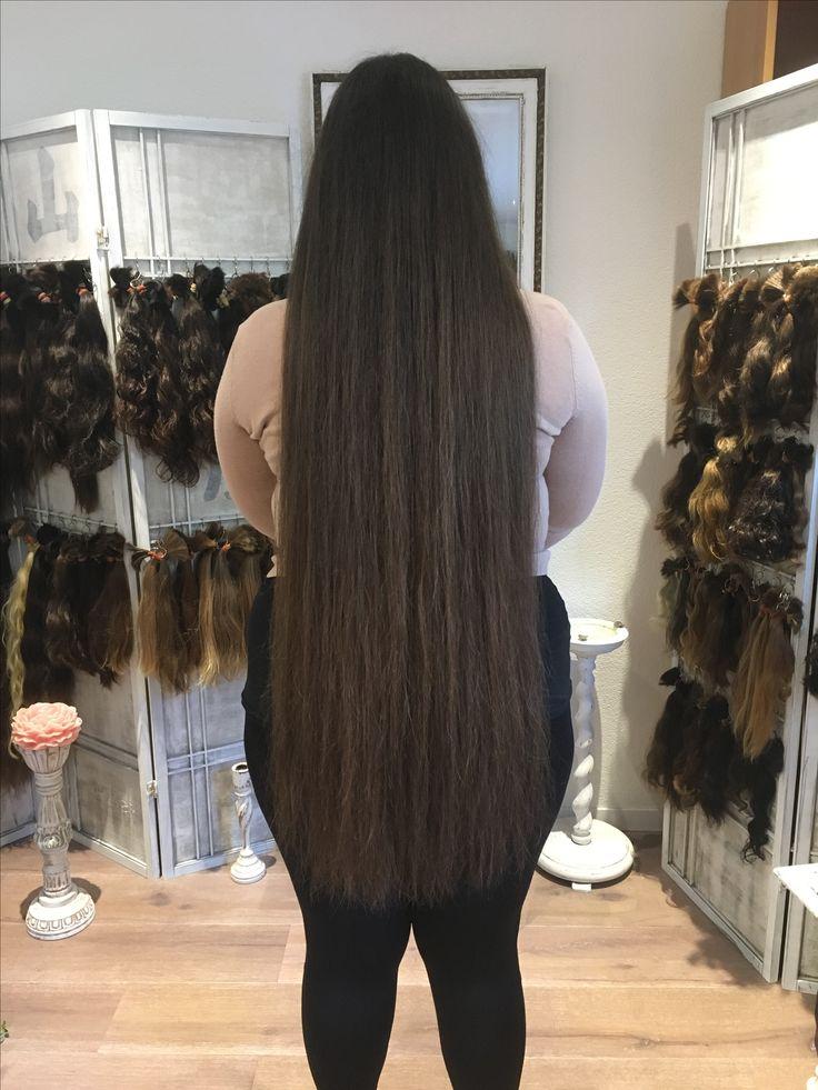 Haare nach der Einarbeitung einer Haarverlängerung.