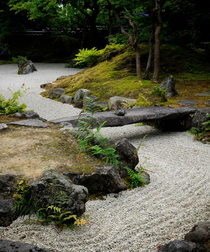 thekimonogallery:  Entsuin Zen Rock Garden.  Matsushima, Japan.  Photography by Ogawasan on Flickr