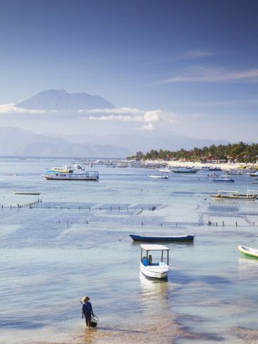 Jungutbatu Beach with Mount Agung in background, NUSA Lembongan, Bali, Indonesia  (by Ian Trower)
