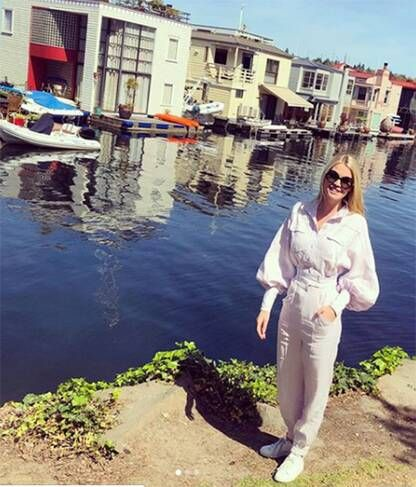 c5ab3494b0ec Lady Kitty Spencer The niece of the late Princess Diana shared a snap of  herself on