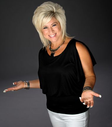 'Long Island Medium' Is another example of a celebrity with an #invertedtrianglebody type.