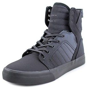 Supra Skytop Youth Round Toe Canvas Black Sneakers.