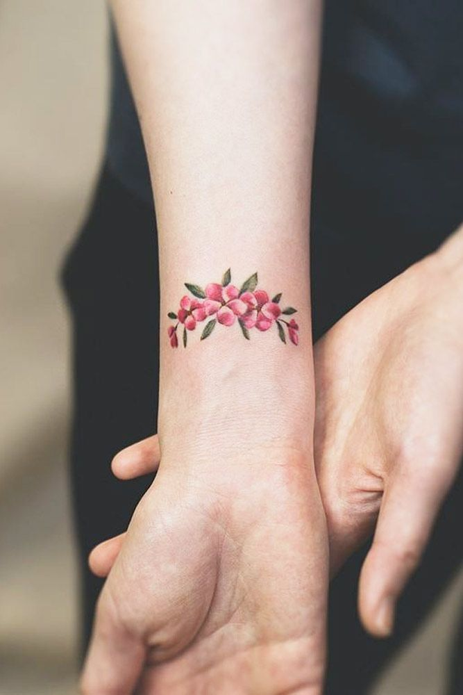 33 Delicate Wrist Tattoos For Your Upcoming Ink Session Wrist Tattoos Wrist Tattoos For Guys Tattoos For Women