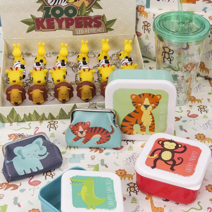 Kolekce Zooniverse zahrnuje širokou škálu produktů, od klíčenek po krabičky na svačinku! #lunchbox #keychain #giftideas #zooniverse