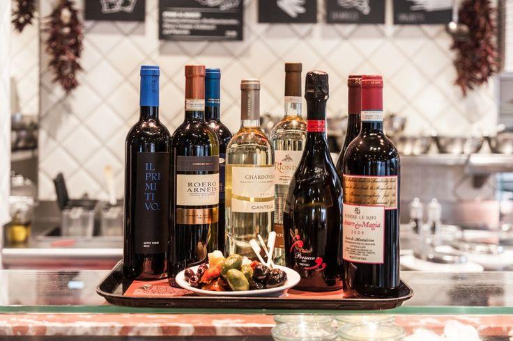 In vino veritas - heute werfen wir einen Blick in unsere Weinauswahl.   PS: Welches ist euer persönlicher Lieblingswein?