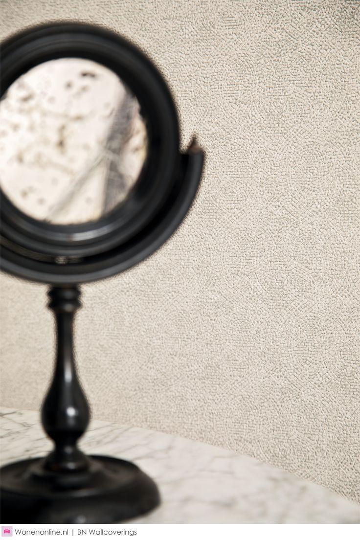 Behangcollectie Indian Summer van BN Wallcoverings - Indian Summer brengt exotische avonturen in huis. Een collectie voor interieur liefhebbers die verder kijken dan grenzen en die zich altijd en overal laten inspireren door kunst, fashion, kleuren en interieurs die ze wereldwijd zien.