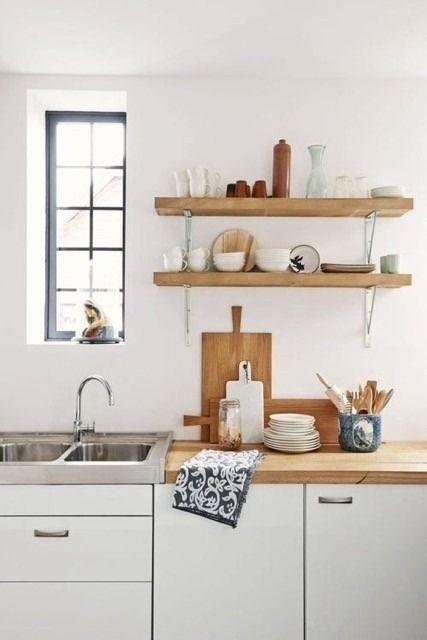 25 beste idee n over witte boekenplanken op pinterest kelder gebouwde herbergen - Keukenmeubelen rustiek ...