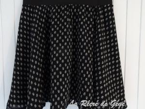 Ma p'tite jupe noire • Hellocoton.fr
