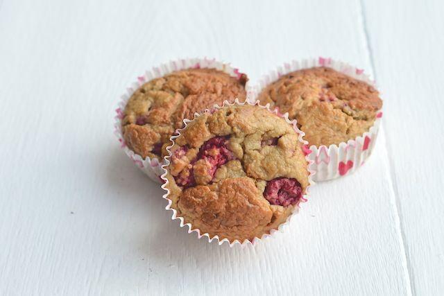 Een lekker en gezond tussendoortje zijn deze gezonde muffins van havermout,