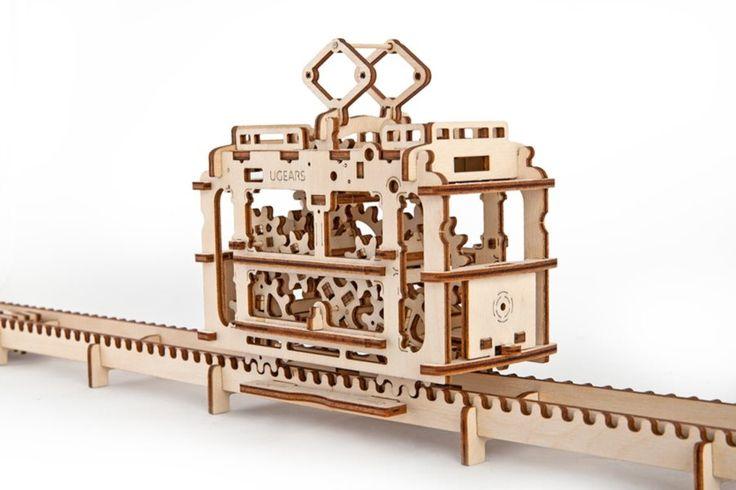 Ugears 3D mechanické puzzle Tramvaj s kolejemi