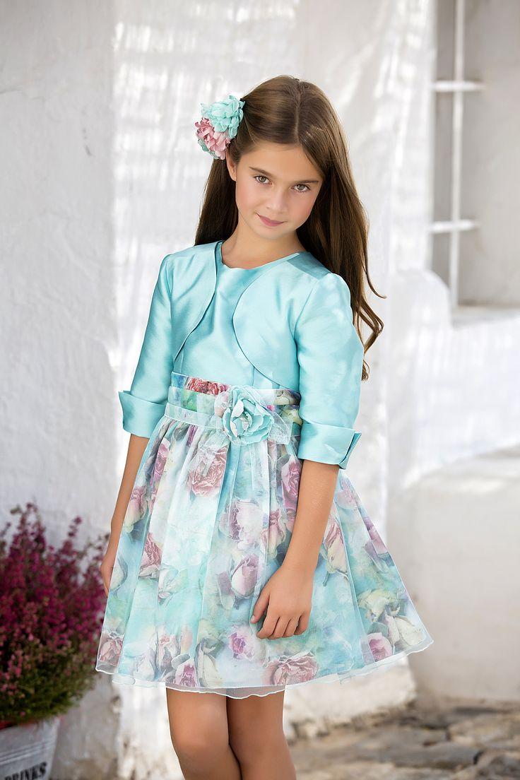 foto de Pin de Amaya Fashion for Kids en Spring/Summer 2017 Ceremony Collection Vestidos para niñas