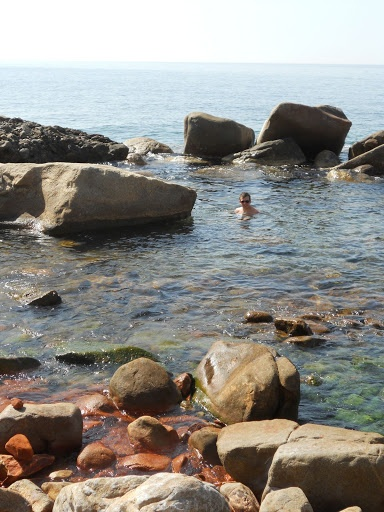 Hot springs in Ikaria! I remember this place. It was fantastic. Amazing experience swimming in warm seawater.