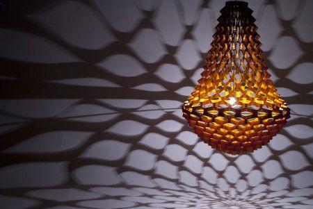 Żyrandol: Jak papierowa wycinanka. Materiał:  Nylon met een brandvertragende gekleurde PVC toplaag