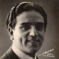 Salvatore Papaccio was a tenor and an exponent of Canzone Napoletana.