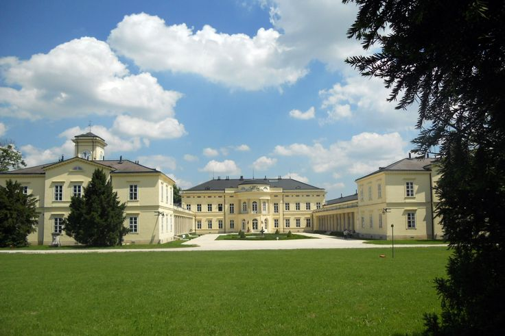 Fehérvárcsurgó, Károlyi-kastély - Photo: Beata Bauer