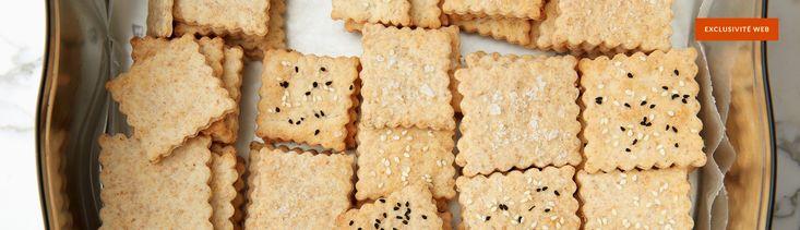 En cuisinant nos propres biscuits soda, on a le plaisir de choisir les garnitures et les formes d'emporte-pièce pour s'adapter aux différentes occasions. Congelez une partie de la pâte et il ne vous restera que la cuisson à faire le moment venu!