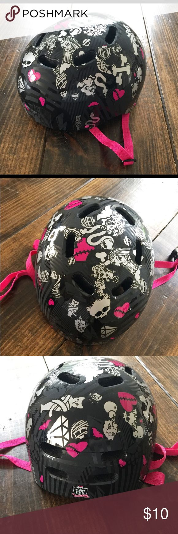 Girls helmet Girls monster high black and pink helmet. Inside of the helmet specifies it's for skateboarding or trick roller skating. My daughter used it for bike riding. Never been in an accident or thrown on the ground. Garage kept. Inside Velcro cushions are in perfect condition. monster high Accessories
