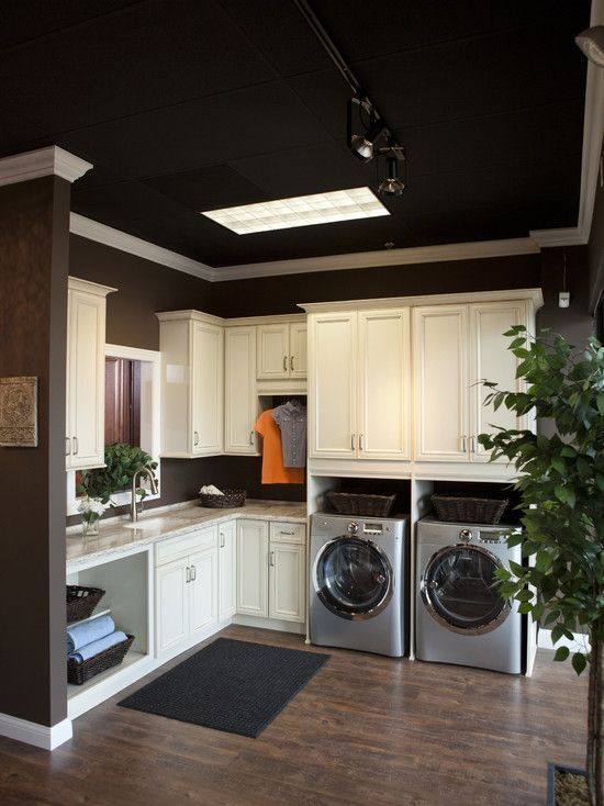 Laundry room design pictures remodel decor and ideas - Ideas for dead space in living room ...