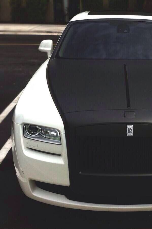 Matte Black & White Rolls Royce Ghost